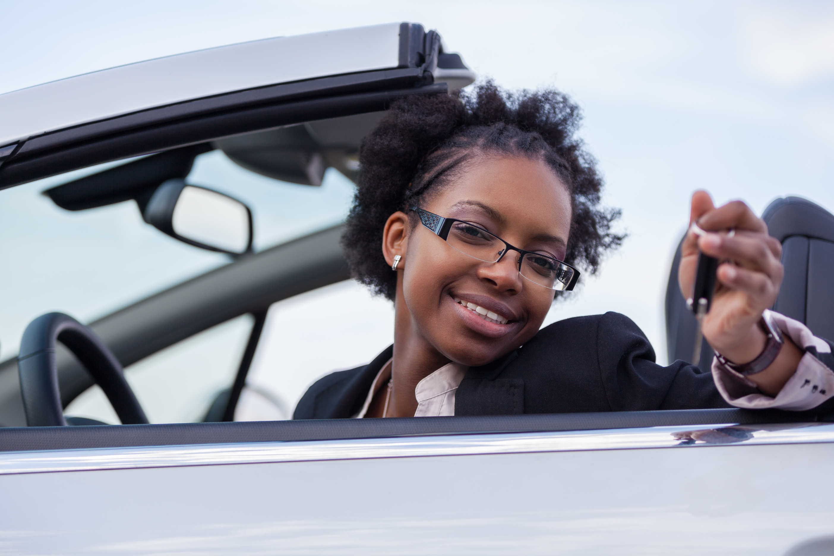 girl taking driving classes